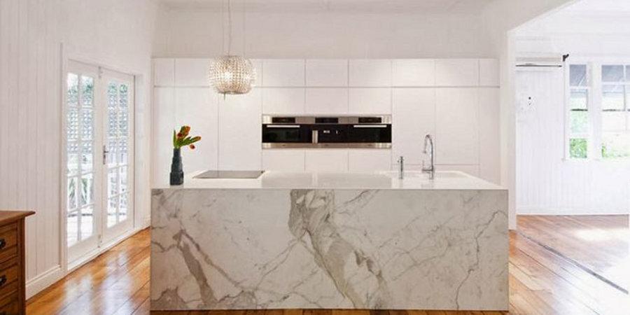 Carrara marmor köksö